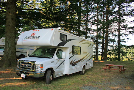 Awesome J8A5765HDR2  RV Rent Vancouver Island